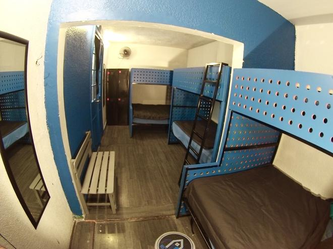 Roomies Hostel - Mexico - Makuuhuone