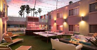 The Kinney - Venice Beach - Los Angeles