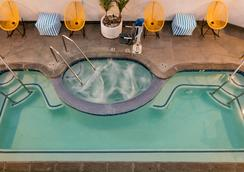 The Kinney - Venice Beach - Los Angeles - Pool