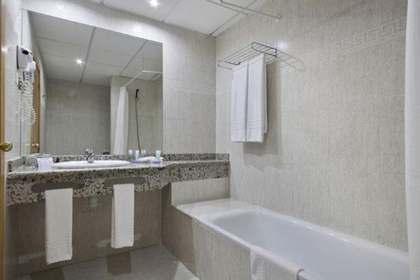 Hotel Best Benalmadena - Benalmádena - Μπάνιο