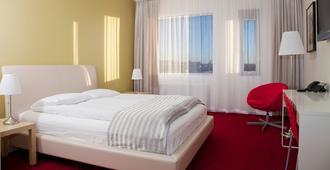 Airport Hotel Aurora Star - קפלאביק