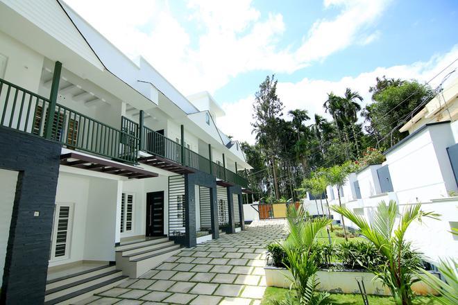 Le Villagio Holiday Apartment - Sultan Bathery - Building