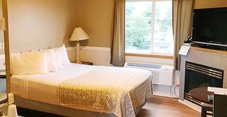 Hillcrest Inn - Seaside - Bedroom