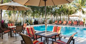 Four Points by Sheraton Fort Lauderdale Airport Cruise Port - Fort Lauderdale - Piscina