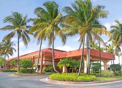 Days Inn by Wyndham Florida City - Florida City - Building