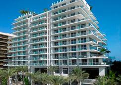Grand Beach Hotel Surfside West 135 5 2 9