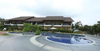 The Ocean Pearl Resort And Spa - Hubli