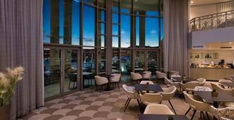 雪巴埃拉特女王酒店 - 埃拉特 - 埃拉特 - 餐廳