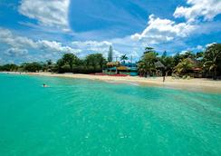 Legends Beach Resort - Negril - Beach