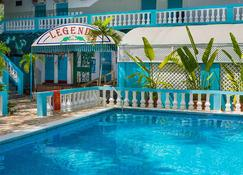 Legends Beach Resort - Negril - Piscina