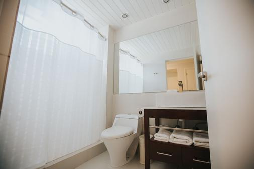 Talk of the Town Hotel & Beach Club - Oranjestad - Bathroom