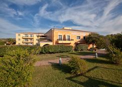 Hotel La Funtana - Santa Teresa Gallura - Rakennus