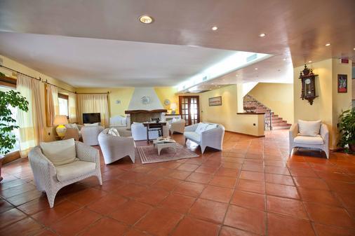 Hotel La Funtana - Santa Teresa Gallura - Σαλόνι