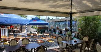 Crossbox Pub+Backpacker - Schaffhausen - Vista del exterior