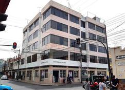 La Merced Plaza Hostal - Riobamba - Edificio
