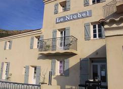 Hôtel Le Niobel - Belgodère - Building