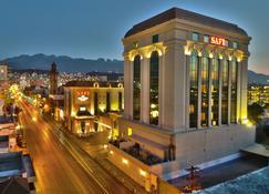 Safi Royal Luxury Centro - Monterrey - Edificio