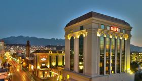 Safi Royal Luxury Centro - Monterrey - Building