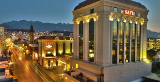 Safi Royal Luxury Centro - Monterrey - Building