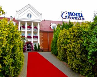 Hotel Groman - Sękocin - Building
