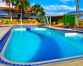 Hotel Village Premium Caruaru - Caruaru - Басейн