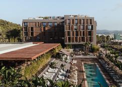 Oku Ibiza - San Antonio de Portmany - Edificio