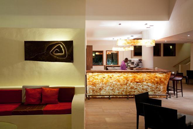 桑吉巴酒店 - 南威 - 納恩戈薇 - 酒吧