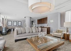 Global Luxury Suites Downtown Jersey City - Jersey City - Sala de estar