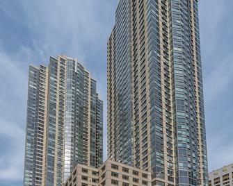 Global Luxury Suites Downtown Jersey City - Jersey City - Building