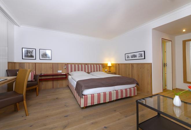 Hotel am Badersee - Grainau - Bedroom