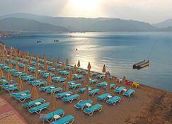 فندق بلو باي بلاتينيوم - مارماريس - شاطئ
