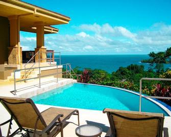 Red Frog Beach Island Resort - Bocas del Toro - Piscina