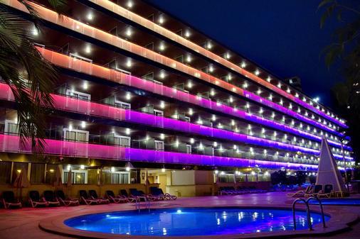 Hotel Servigroup Diplomatic - Μπενιντόρμ - Κτίριο