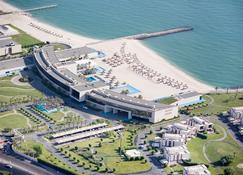 Hilton Kuwait Resort - Kuwait City - Building