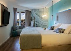 Suites del Mar by Melia - อาลีคานเต - ห้องนอน