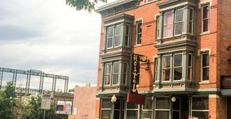 Hostel Fish - Denver - Edificio