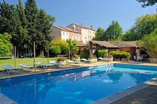 Hostellerie Du Moulin De La Roque - Althen-des-Paluds - Pool