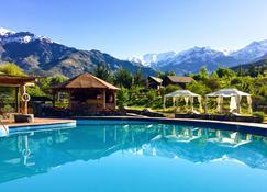 San Francisco Lodge Spa - Comunidad Covarrubias - Piscine