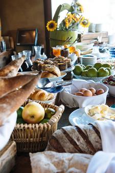 Petit Ermitage - Los Angeles - Food
