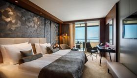 Hotel Ambasador - Opatija - Bedroom