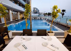 Hotel Allon Mediterrania - Villajoyosa - Piscina