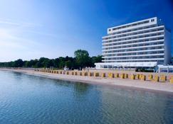 Grand Hotel Seeschlösschen Spa & Golf Resort - Timmendorfer Strand - Κτίριο