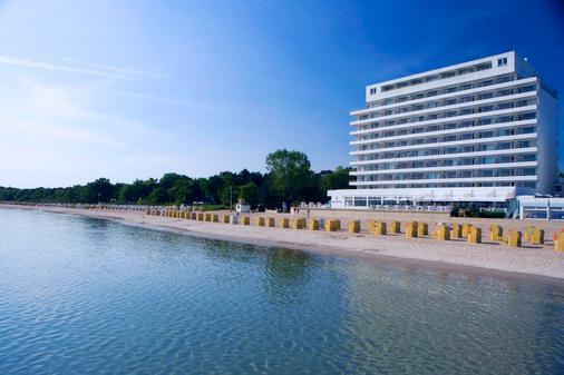 Grand Hotel Seeschlösschen Spa & Golf Resort - Timmendorfer Strand - Rakennus