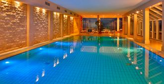 Grand Hotel Seeschlösschen Spa & Golf Resort - Timmendorfer Strand - Piscina