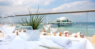 Grand Hotel Seeschlösschen Spa & Golf Resort - Timmendorfer Strand - Varanda