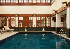 Savoy Hotel London - Londres - Piscine