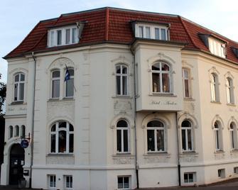 The Avalon Hotel - Schwerin - Gebäude