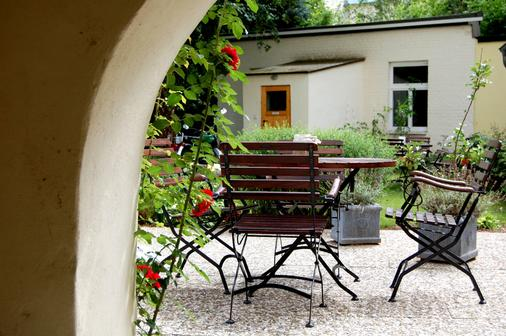 The Avalon Hotel - Schwerin (Mecklenburg-Vorpommern) - Patio