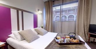 Adonis Ajaccio - Hotel Albion - Ajaccio