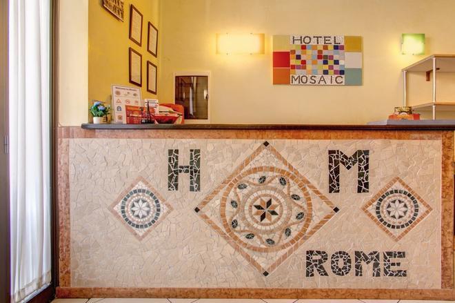 Hostel Mosaic - Rome - Front desk